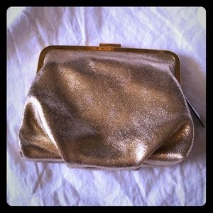 New with tags Golden evening clutch 💗👛🛍